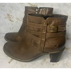 Clark's Brown Leather Heel Ankle Booties Size 8.5